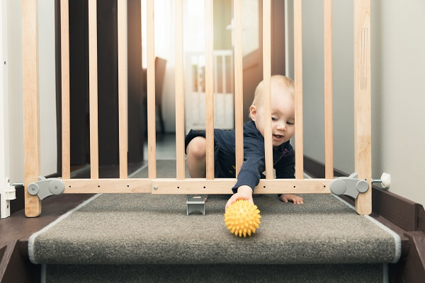 Niebezpieczeństwa czyhające w domu na Twoje dziecko, o których nawet byś nie pomyślała